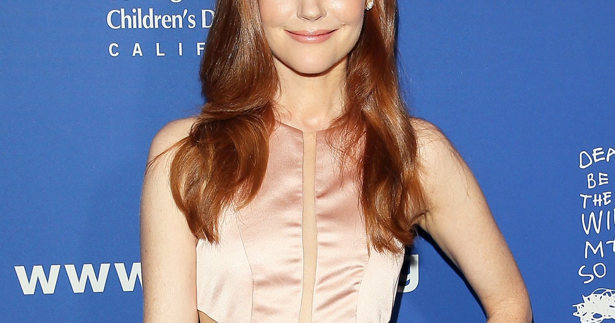 Scandal Star Darby Stanchfield Is Married Us Weekly