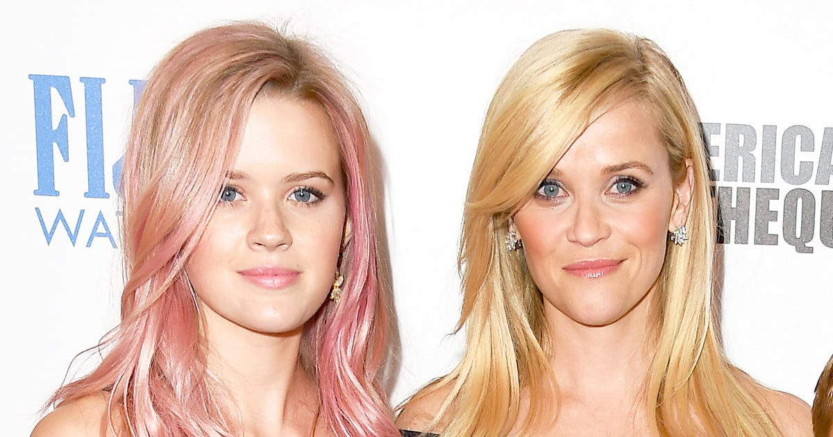 Reese witherspoon daughter ava are twins in new pic us weekly