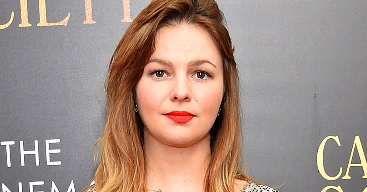 amber tamblyn hot butt