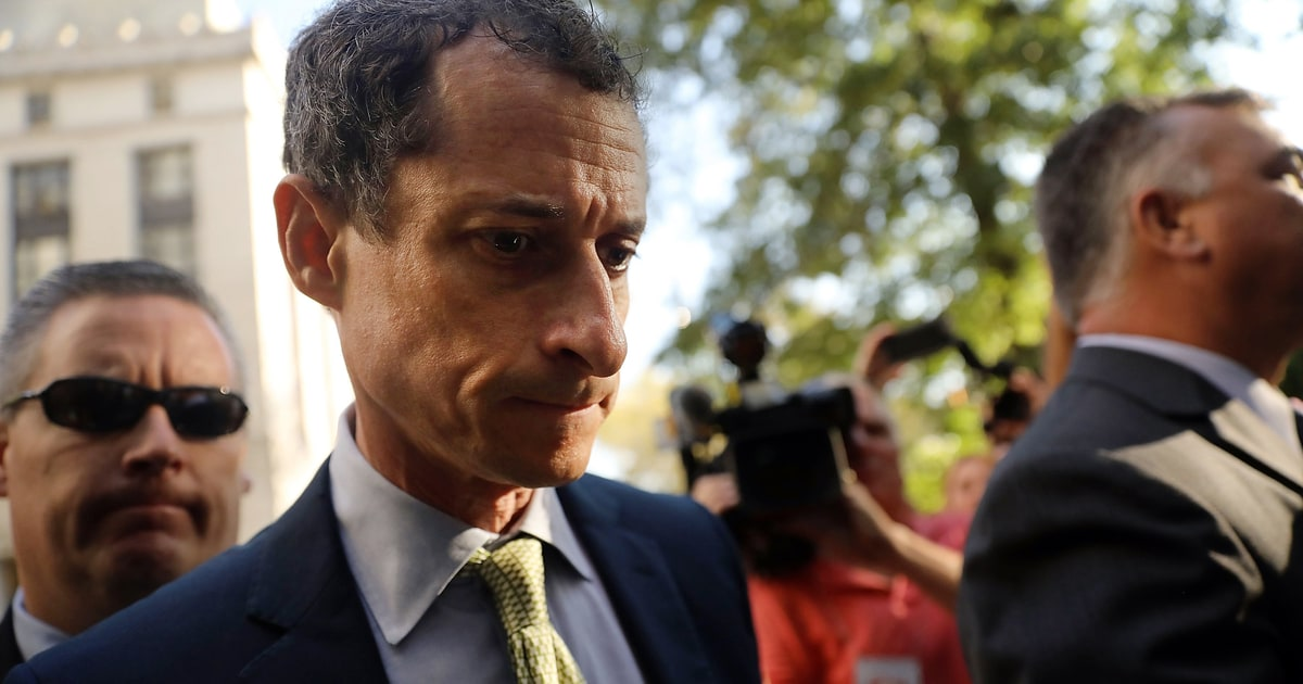 Anthony Weiner Sentenced to 21 Months in Prison for Sexting Teenager