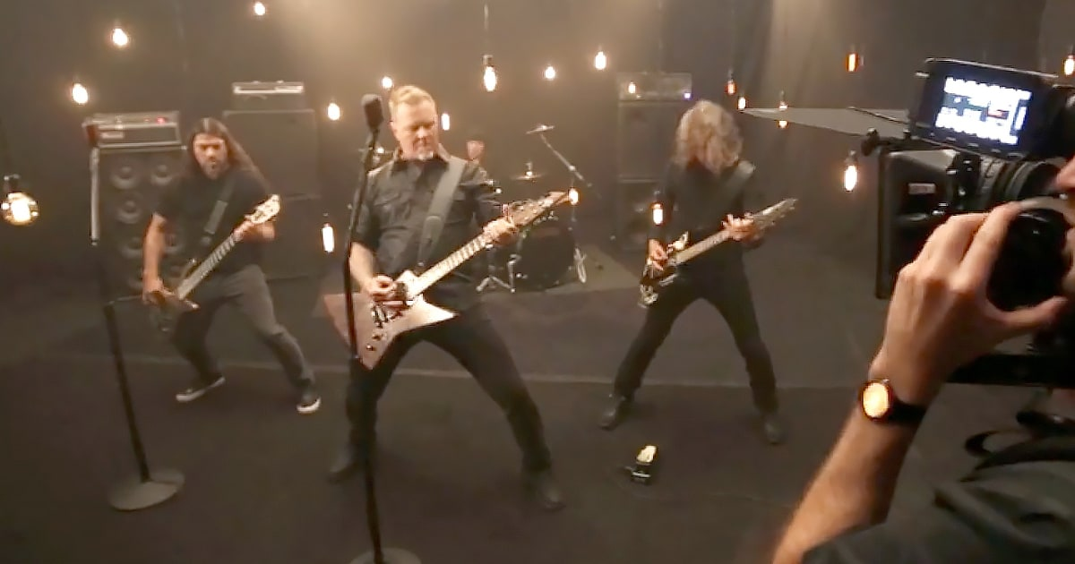 Watch Metallica Debut 'Moth Into Flame' at Small NYC Gig news