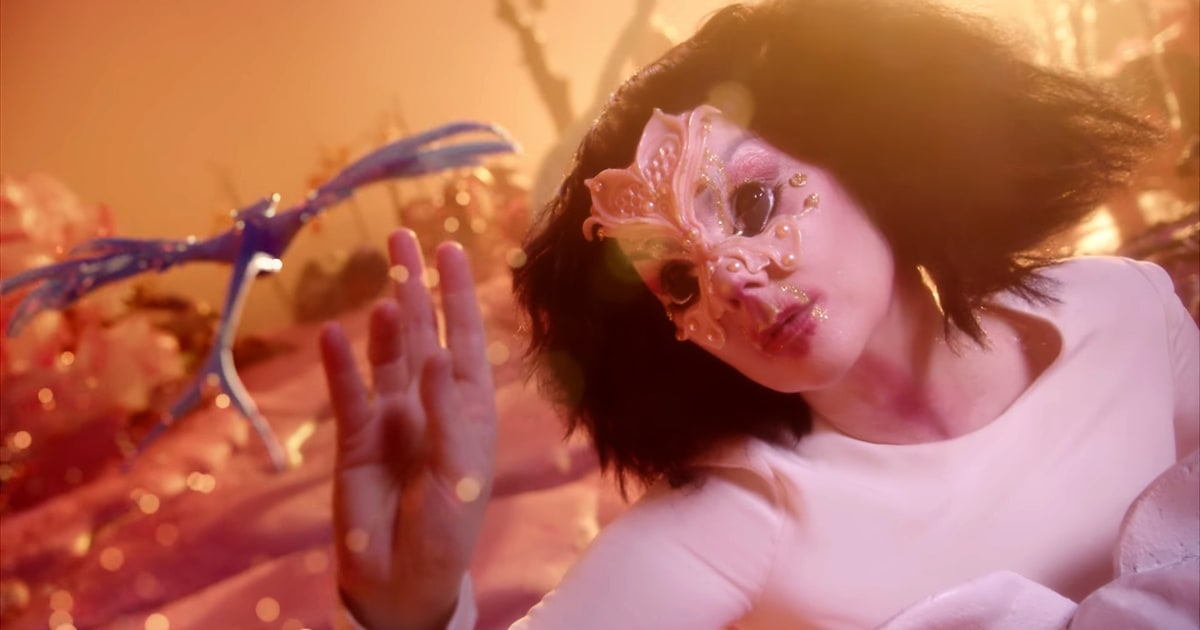 Watch Bjork S Whimsical Utopia Video Rolling Stone