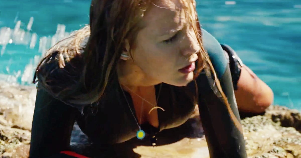 Watch Blake Lively Battle a Shark in 'The Shallows ... Blake Lively Shallows