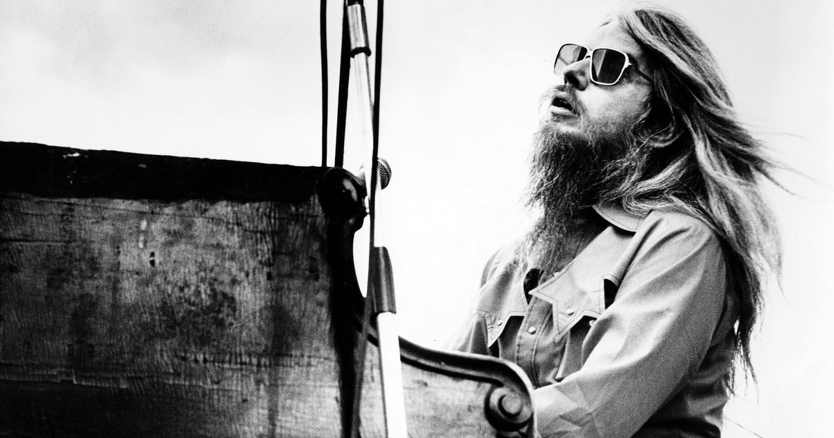 Leon Russell's 'Love This Way': Hear Song From Final Album ...