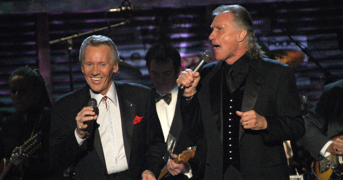 Read Deep Purple's Lively Rock Hall Induction Speeches news
