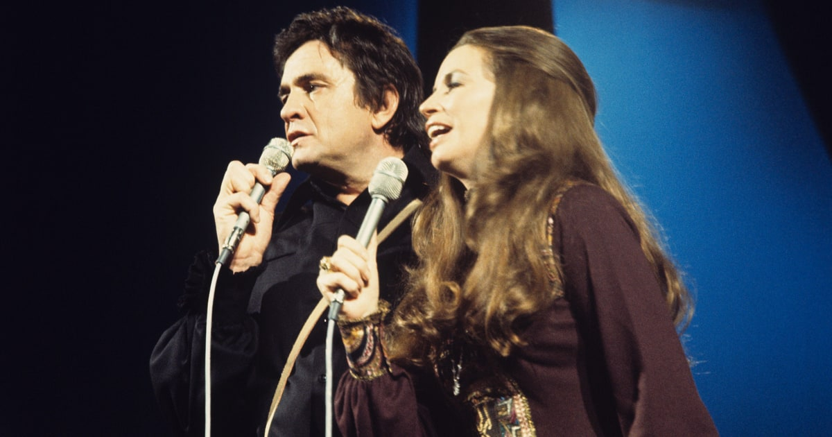 Flashback See Johnny Cashs Feisty Bob Dylan Cover Rolling Stone