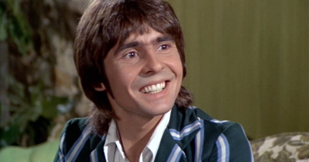 Flashback: The Monkees Play 10 Minute, Psychedelic 'Listen to the Band' news