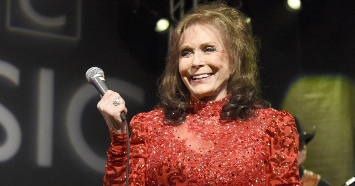 Loretta Lynn Postpones Release Of New Album Rolling Stone