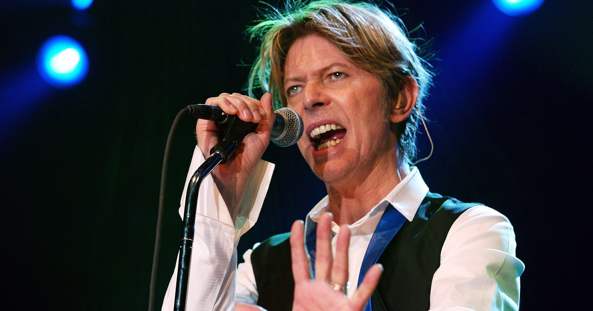 David Bowie 'Live In Berlin' EP Streaming For Limited Time ...