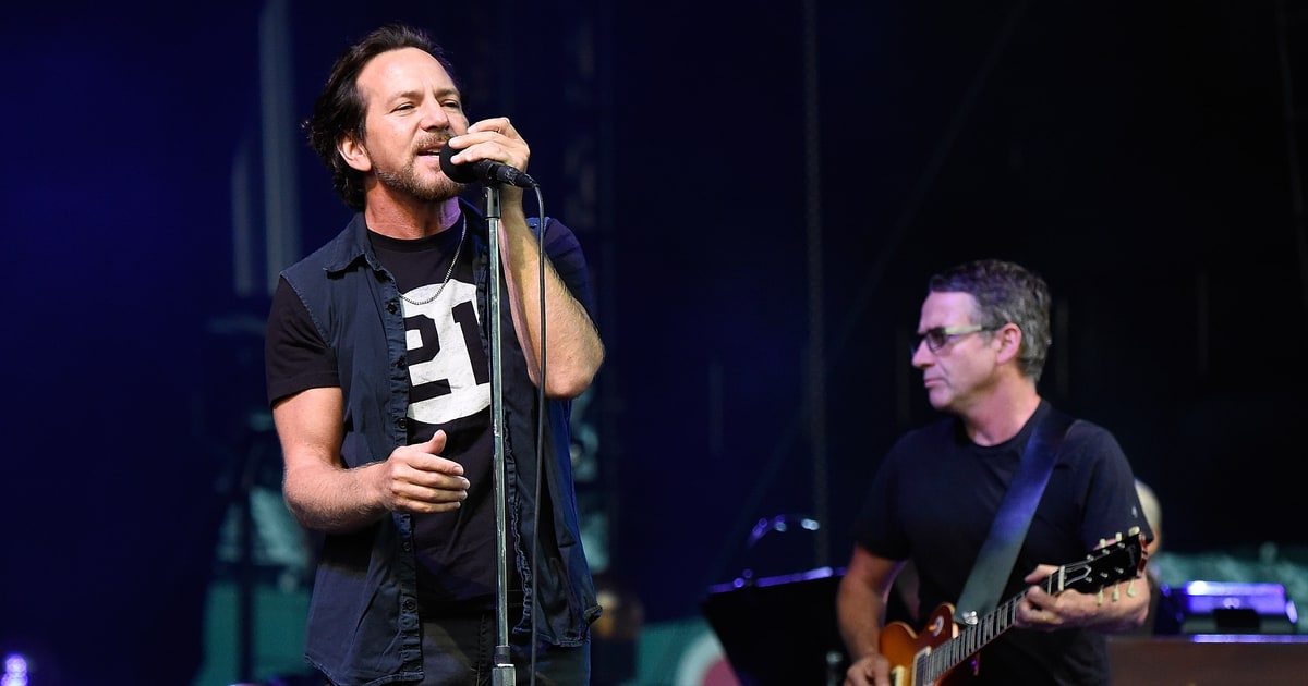 See Eddie Vedder Perform With Peter Gabriel, Sting at Seattle Show news