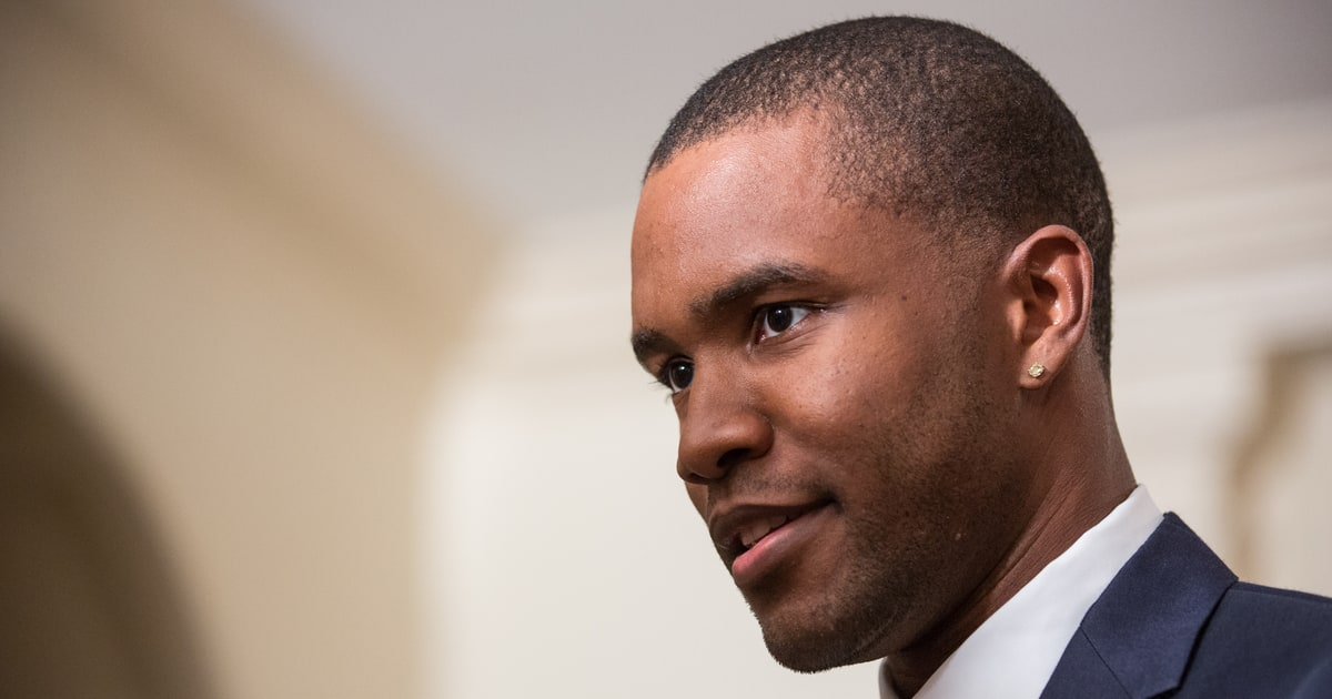 Frank Ocean Fires Back At Old Grammy Producers Rolling