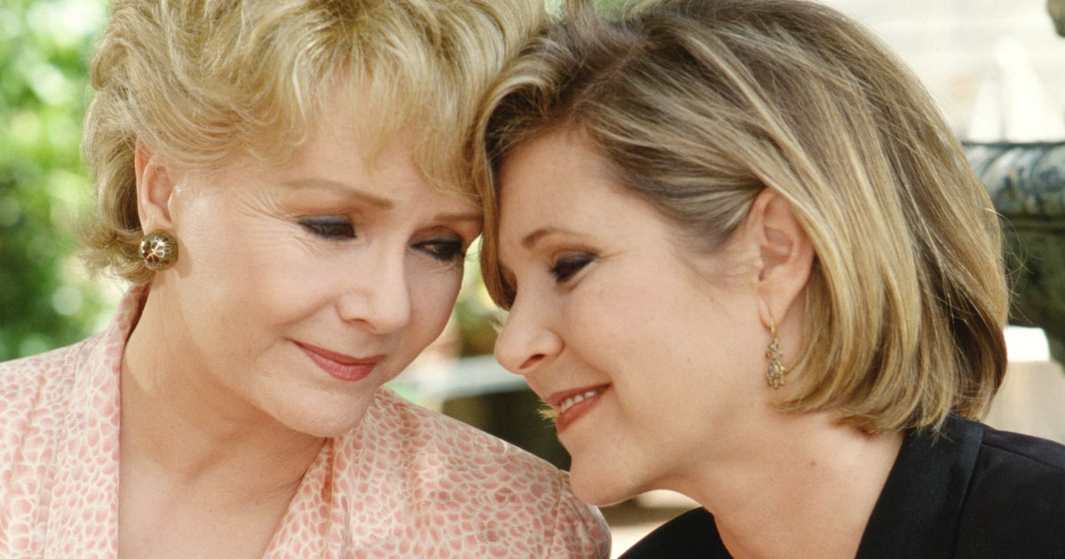 Watch Carrie Fisher And Debbie Reynolds Public Memorial