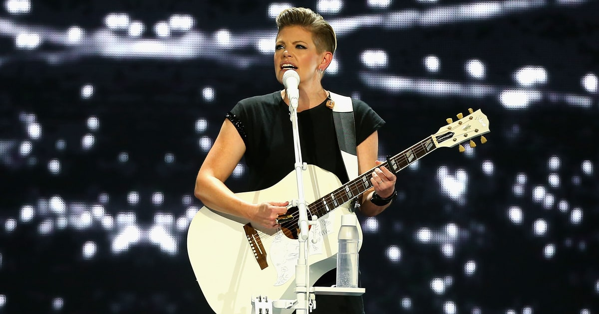 Dixie Chicks - Not Ready To Make Nice live music