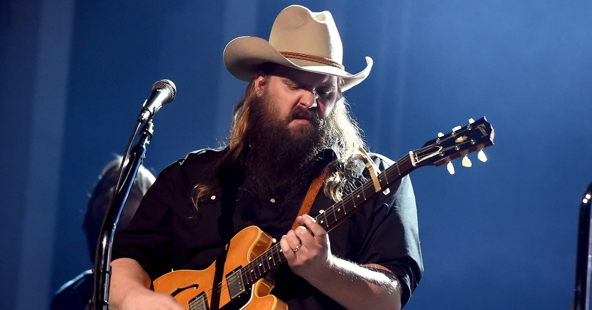 See chris stapleton 39 s new 39 second one to know 39 at acm - Chris stapleton scarecrow in the garden ...