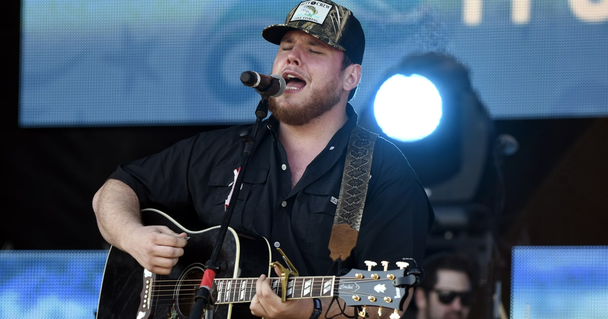 Watch Luke Combs Gritty Hurricane On Today Rolling