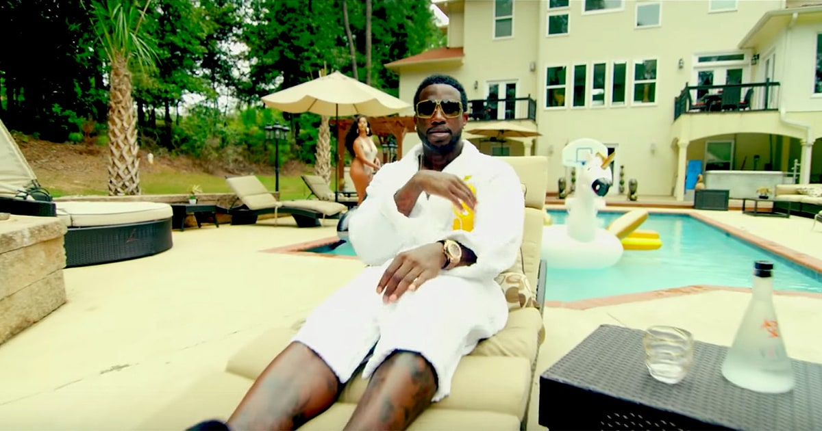 Review: Gucci Mane Has Post Prison Heel Turn on 'Everybody Looking' news