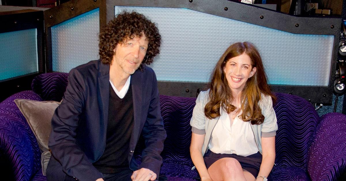 Us Weekly's Mara Reinstein Wins '80s Trivia Game on ... Howard Stern Family