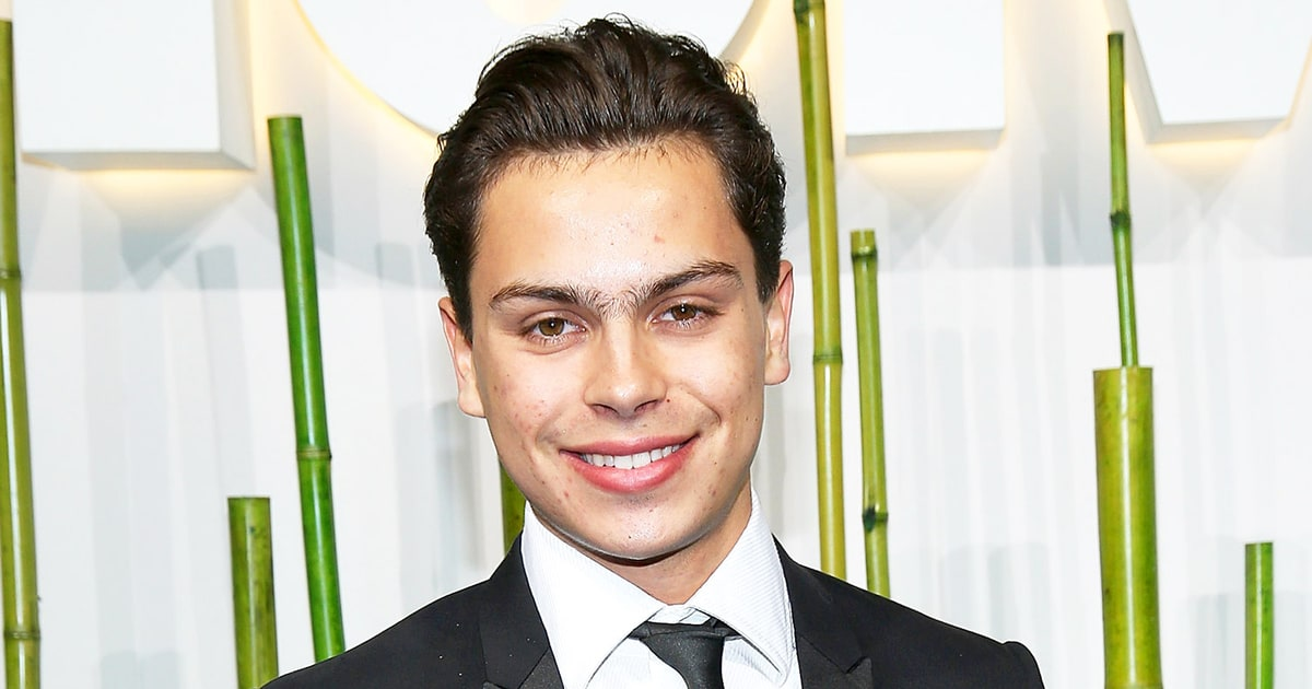 Who is jake t austin dating right now