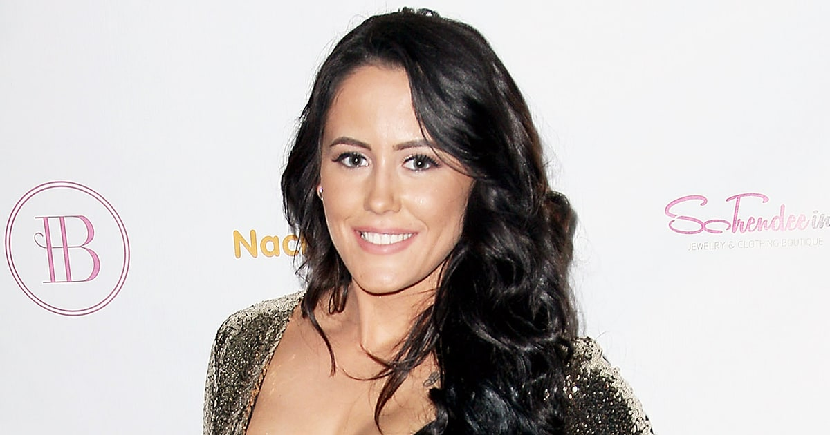 Jenelle evans clarifies police altercation posts new pics with bf