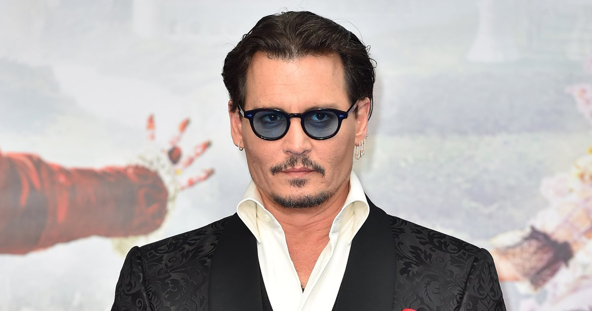 Johnny Depp Changes His Amber Heard Tattoo from 'Slim' to ... Johnny Depp
