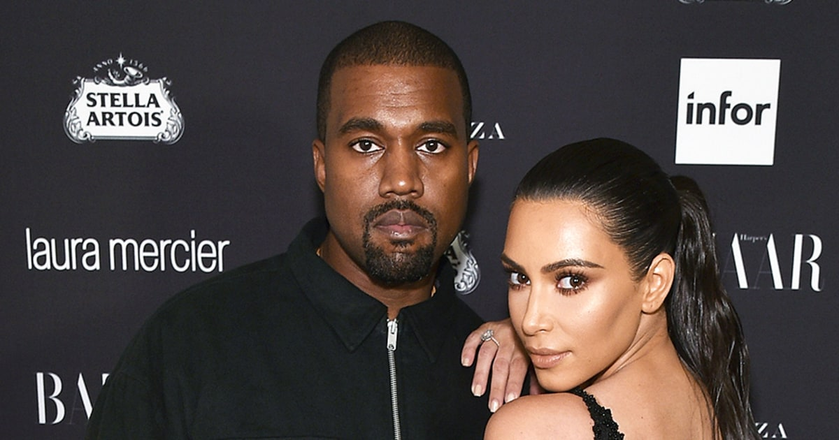Kim Kardashian, Kanye West\'s House Has the Chicest Christmas Lights ...