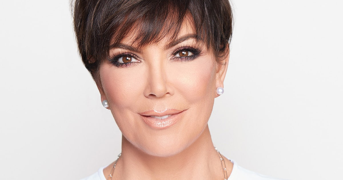 Staples Jokes Kris Jenner S Necklace Can Be Found In Aisle