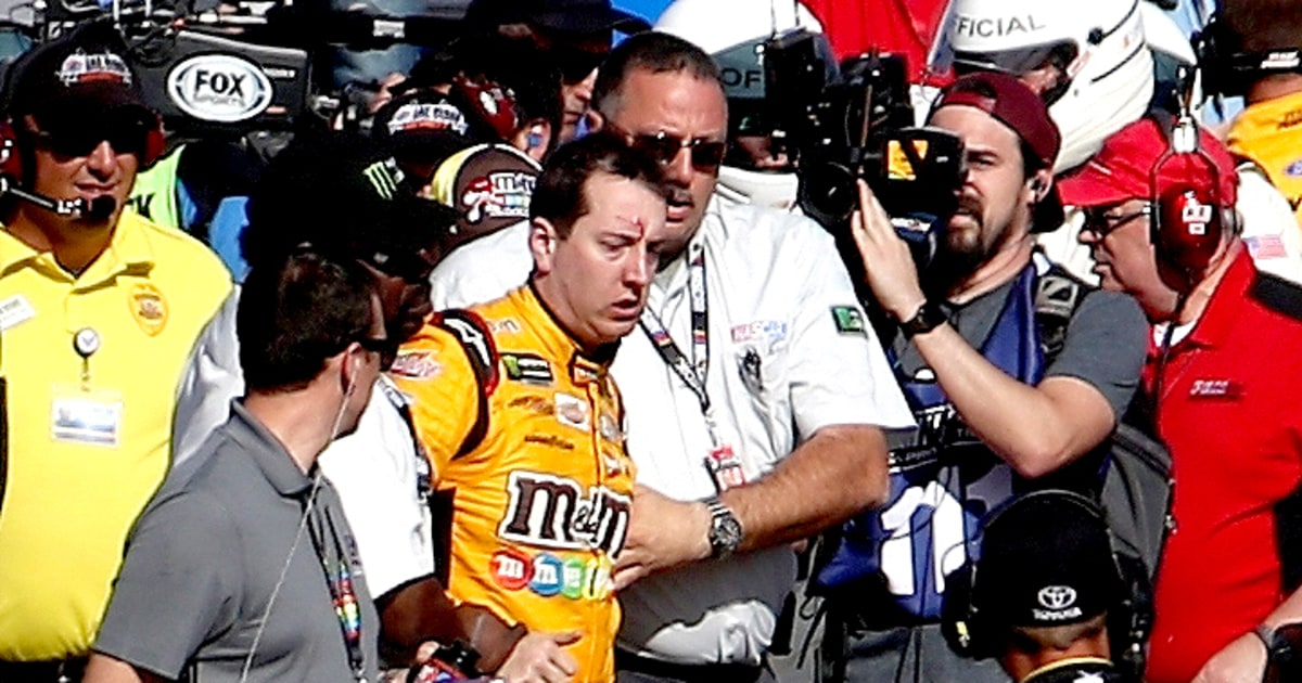 nascar 39 s kyle busch joey logano get into crazy brawl after race us weekly. Black Bedroom Furniture Sets. Home Design Ideas