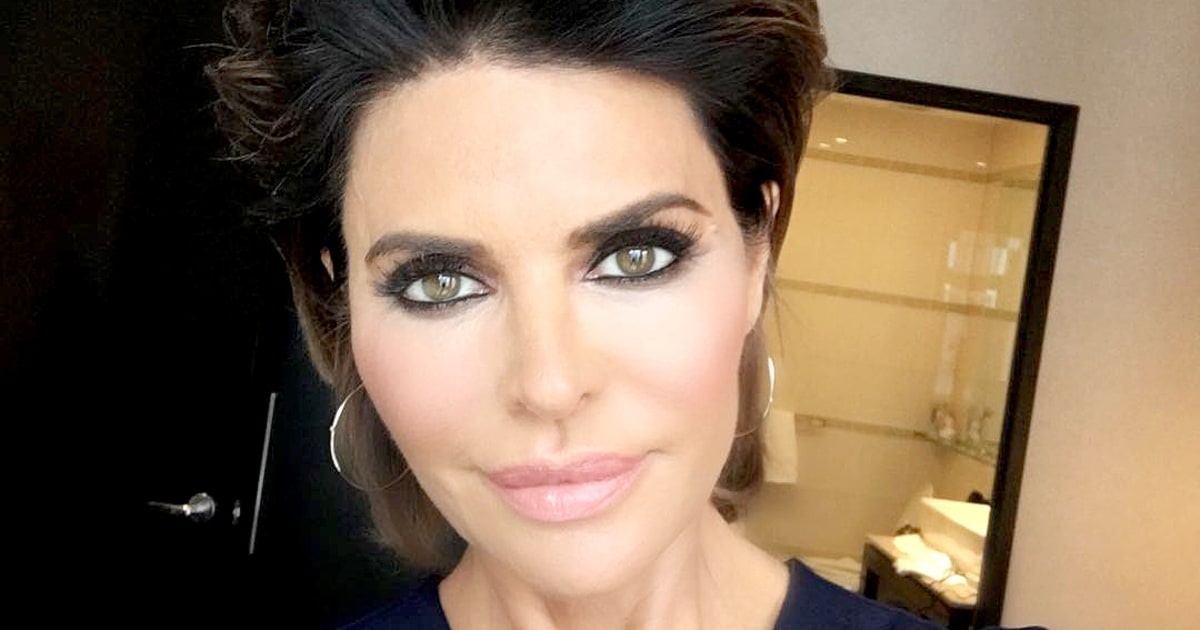 Lisa Rinna Changes Her Hairstyle For First Time In 20