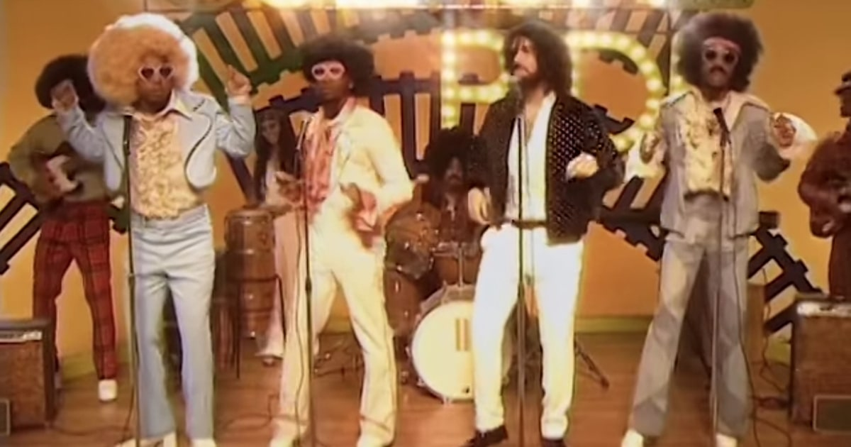 Watch Migos, Drake Hop on 'Soul Train' in 'Walk It Talk It' Video