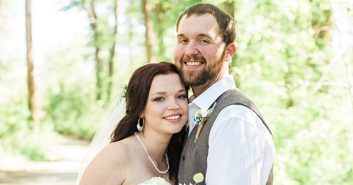 Sister wives star maddie brown marries caleb brush us weekly