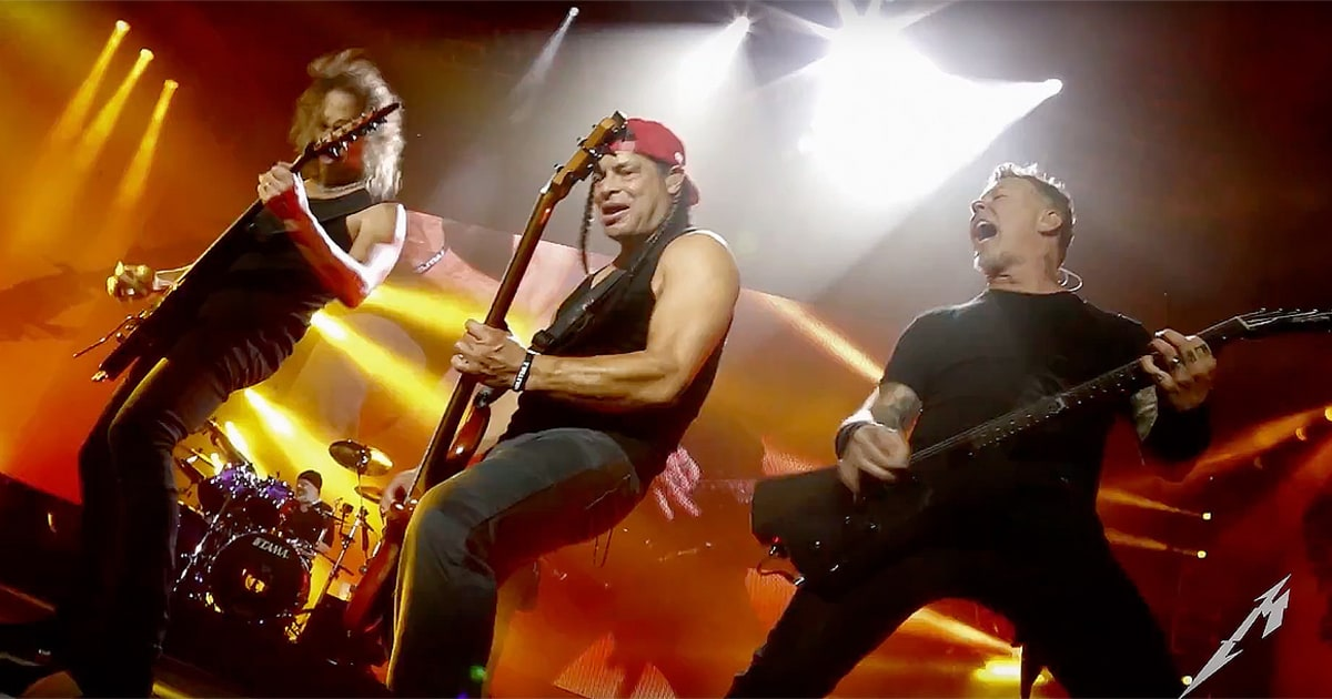 Watch Metallica Scorch 'Fallon' With 'Moth Into Flame' news