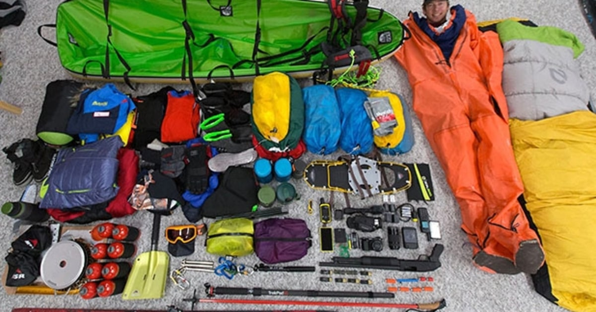 Extreme gear 11 things you need to walk to the north pole men 39 s journal for Travel expedition gear