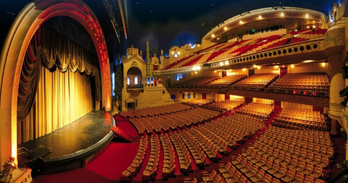 Top Famous Theaters in the World 36