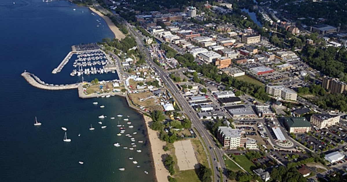 Traverse City The Great Lakes Best Beaches Men S Journal