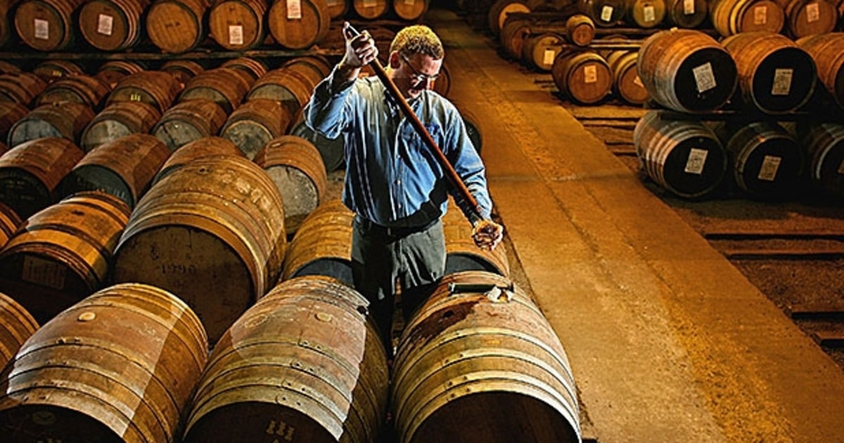 How To Drink A Cask Strength Whiskey Men S Journal