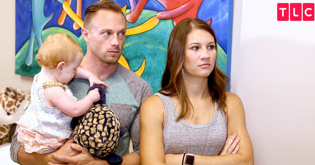 Outdaughtered 39 S Parents Break Down Over Daughter 39 S Surgery