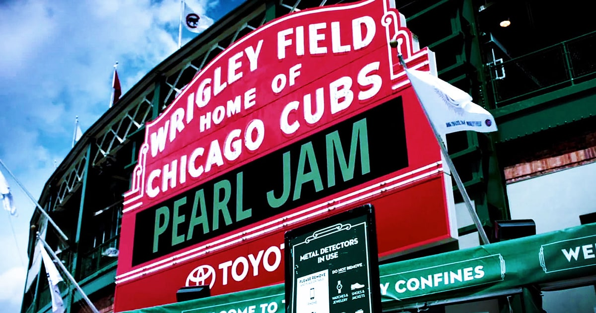 wrigley field is a social space in american culture As one of the oldest ballparks in the major leagues, wrigley field is a love letter to baseball's beginnings, straight down to its original, hand-operated.