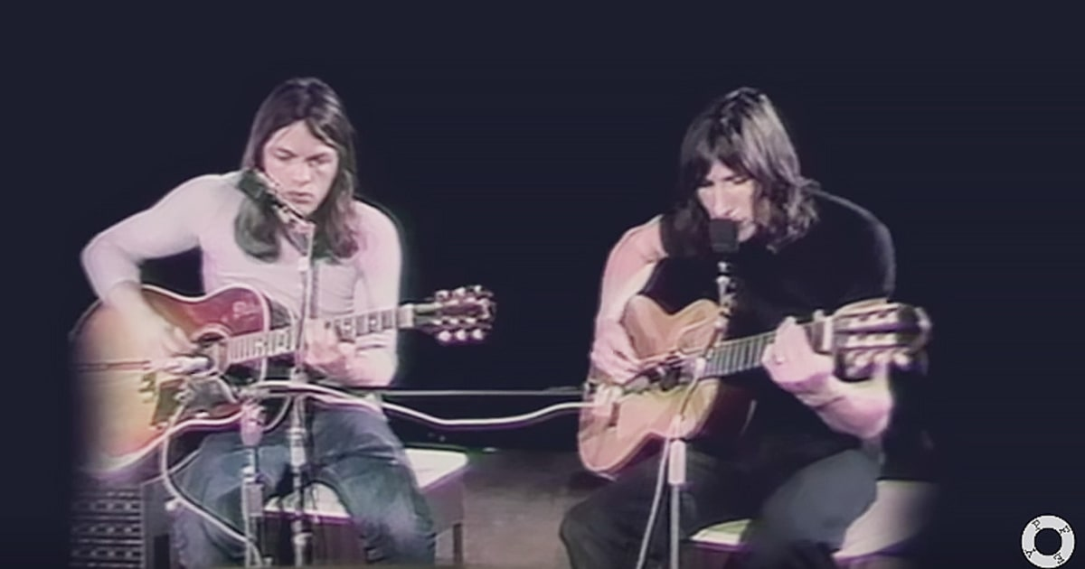 Flashback: David Gilmour and David Bowie Sing 'Comfortably Numb' news