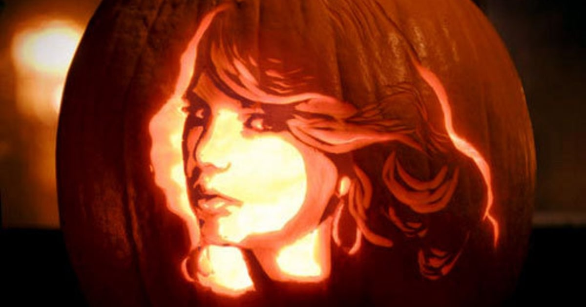 Taylor Swift Photos Pumpkins Carved To Look Like Rock
