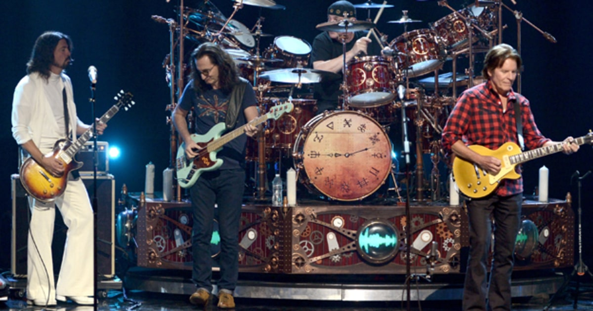 rush public enemy get emotional backstage at rock and roll hall of fame ceremony rolling stone. Black Bedroom Furniture Sets. Home Design Ideas