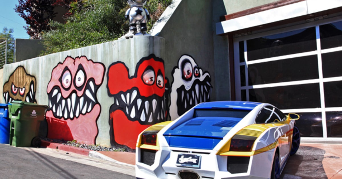 chris brown upsets l a neighbors with curbside murals