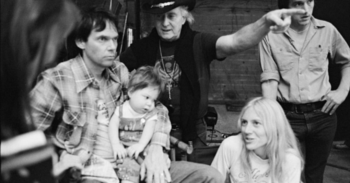 Behind the Scenes | Inside Neil Young's New Memoir 'Waging ...