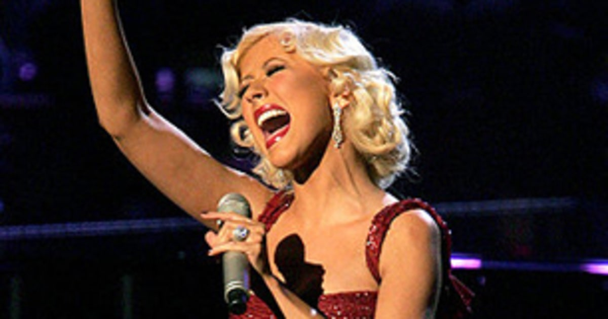 christina aguilera 100 greatest singers of all time
