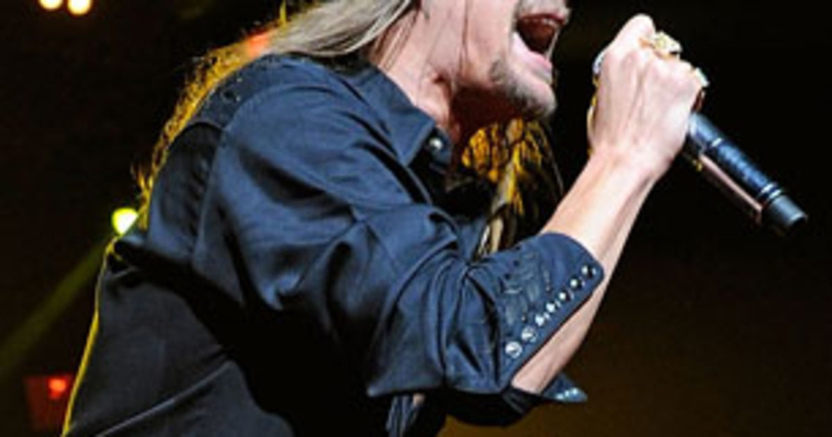 Kid rock 39 s naacp award sparks controversy rolling stone for Kid rock 3rd annual fish fry