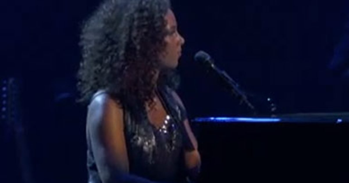 alicia keys debuts new song 39 a place of my own 39 rolling stone. Black Bedroom Furniture Sets. Home Design Ideas