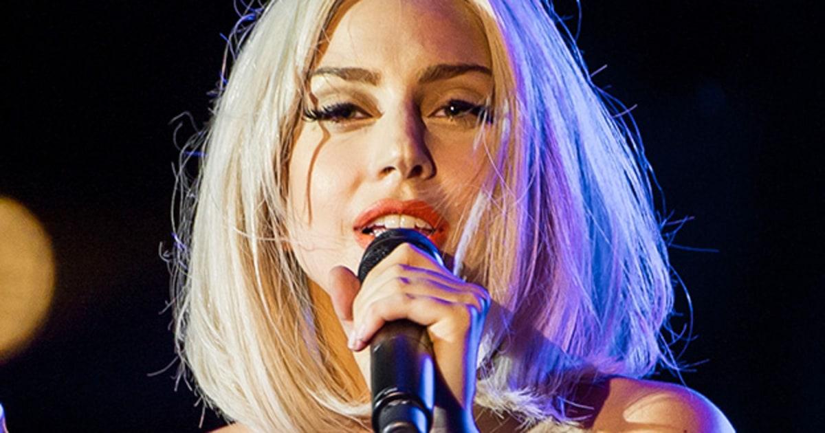 Lady Gaga: Lady Gaga Gets Her Nose Pierced In 'ARTPOP' Promo