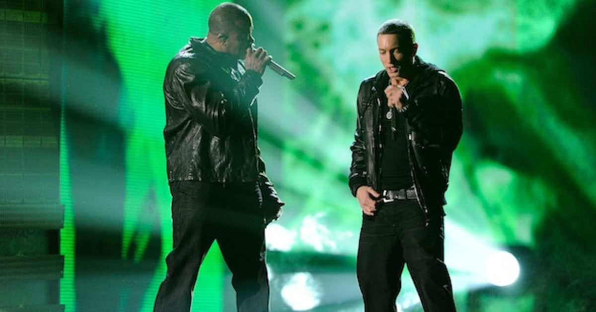 Eminem Brings Out Dr. Dre for Groundbreaking Wembley ...