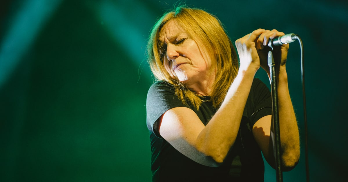Portishead Reissuing 1994 Trip-Hop Classic 'Dummy' on ...