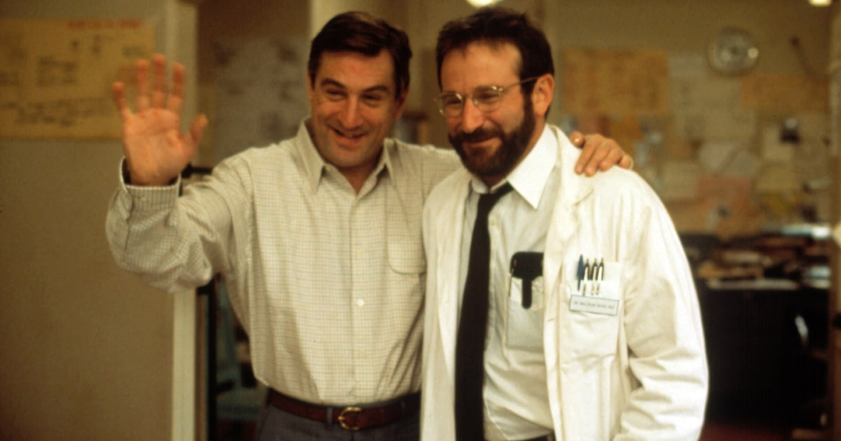 "awakenings movie robin williams essay Dr sacks — whom millions knew as the physician played by actor robin williams in the 1990 film ""awakenings"" — revealed in february that he had terminal cancer."