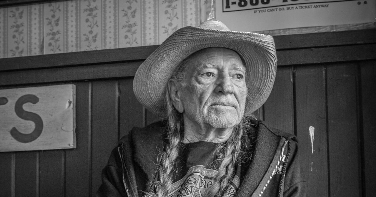 Willie Nelson The Definitive Profile